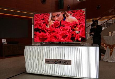 三星在国内发布SUHD曲面电视:线上下均可预定