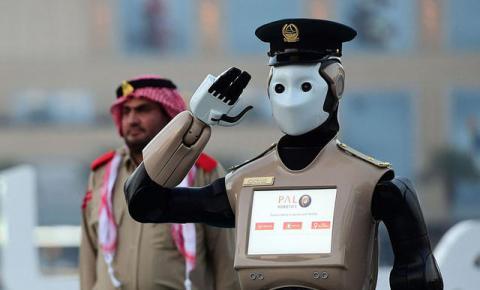 """迪拜招募最新""""机器警察"""",配<font color="""