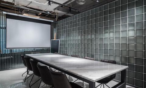 爱奇艺电视果联手Wstudio上线智能投屏主题会客厅