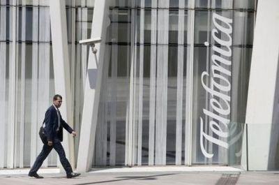 西班牙电信巨头Telefonica拟售光纤网络资产减债