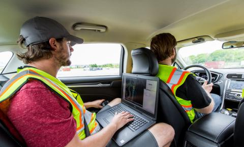 信任是成就自动驾驶未来的关键 ——《福特汽车自动驾驶发展报告》首度发布