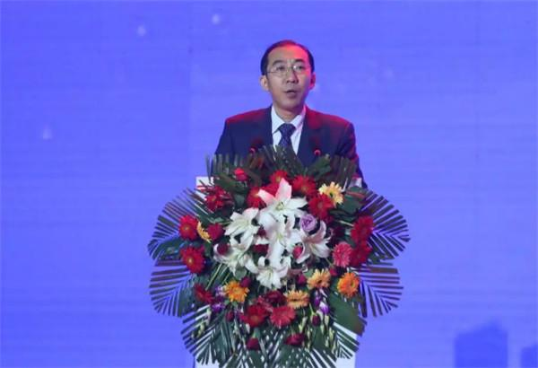 """成立智慧家庭分公司 中国电信开启固网""""反击战"""""""