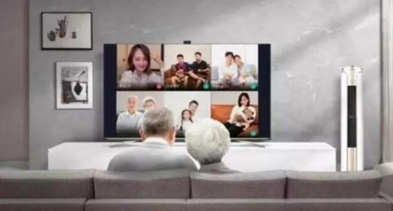 """疫情之下开机率、收看时长双增长,智能电视重回客厅""""C位""""?"""