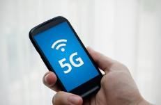 夏普发售日本首款5G智能手机,能瞬间读取大容量数据