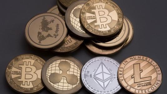 中国三大监管机构联手发布《关于防范虚拟货币交易炒作风险的公告》